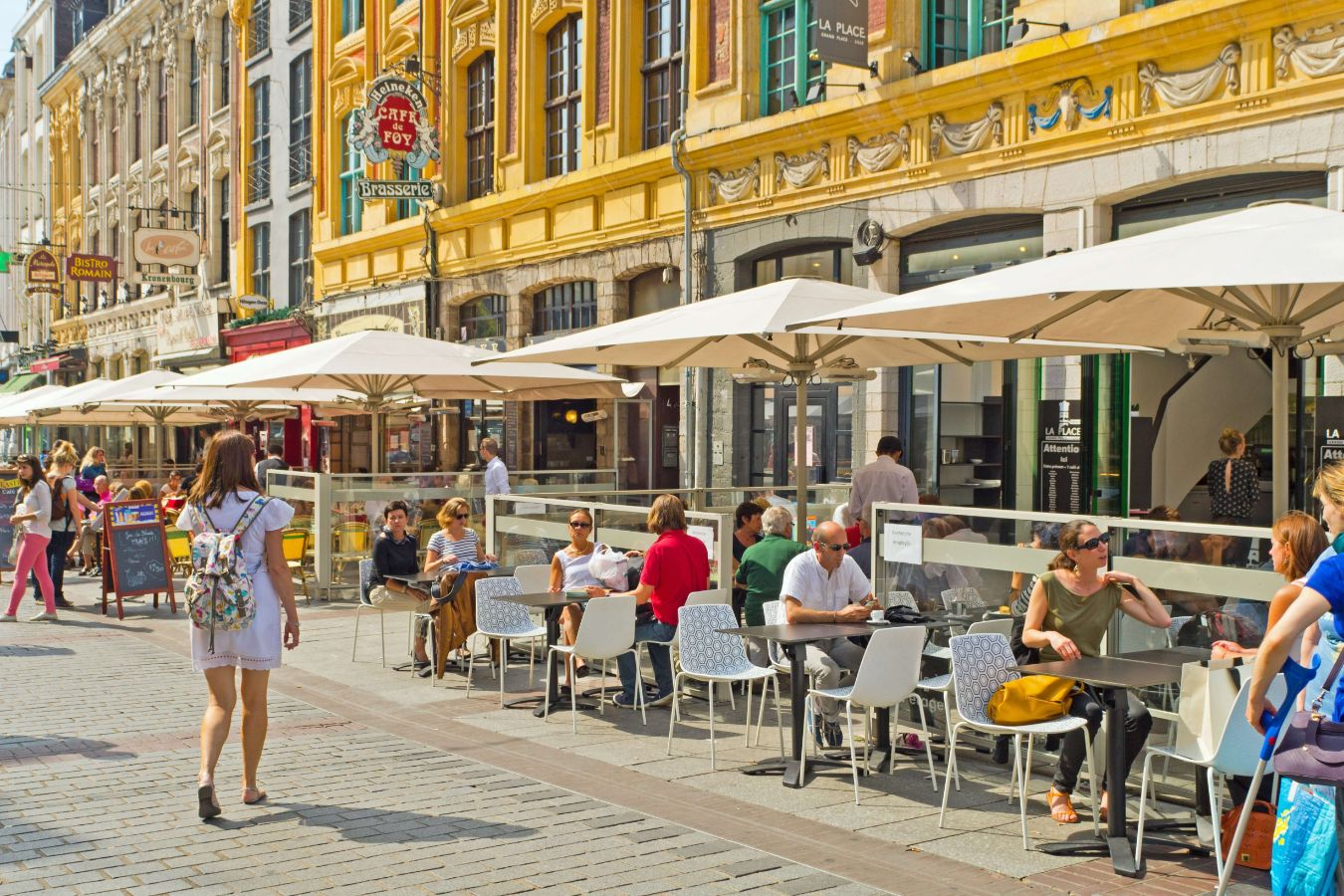 France - Hauts-de-France - Lille - Street cafe restaurant